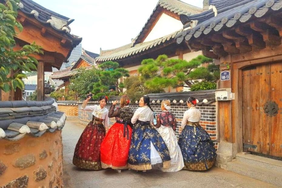 Wearing hanbok, one of the unique Korean experiences that should be on your Korea bucket list
