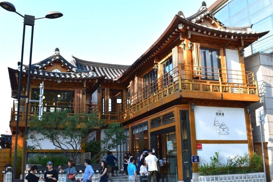 Hanok Style Cafe in Seoul