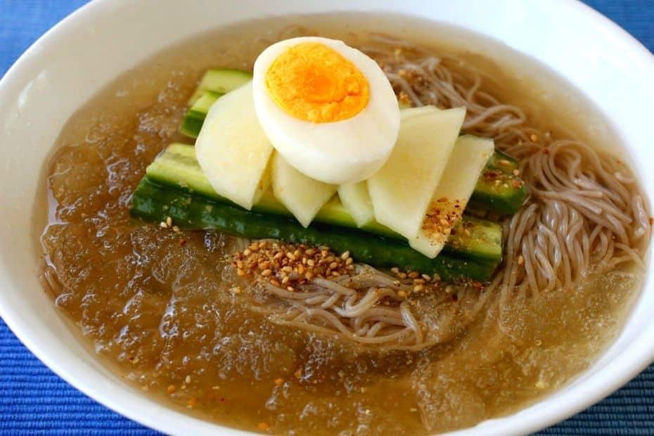 A bowl of Korean naengmyeon