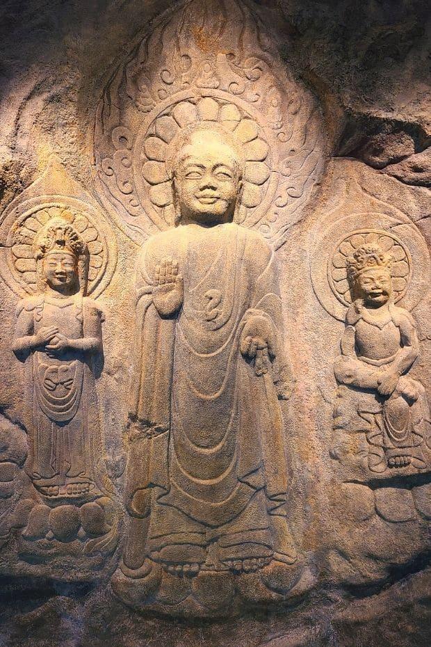 The Three Smiling Buddhas inside Buyeo National Museum